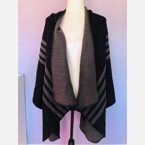Urban outfitters BB Dakota reversible cape